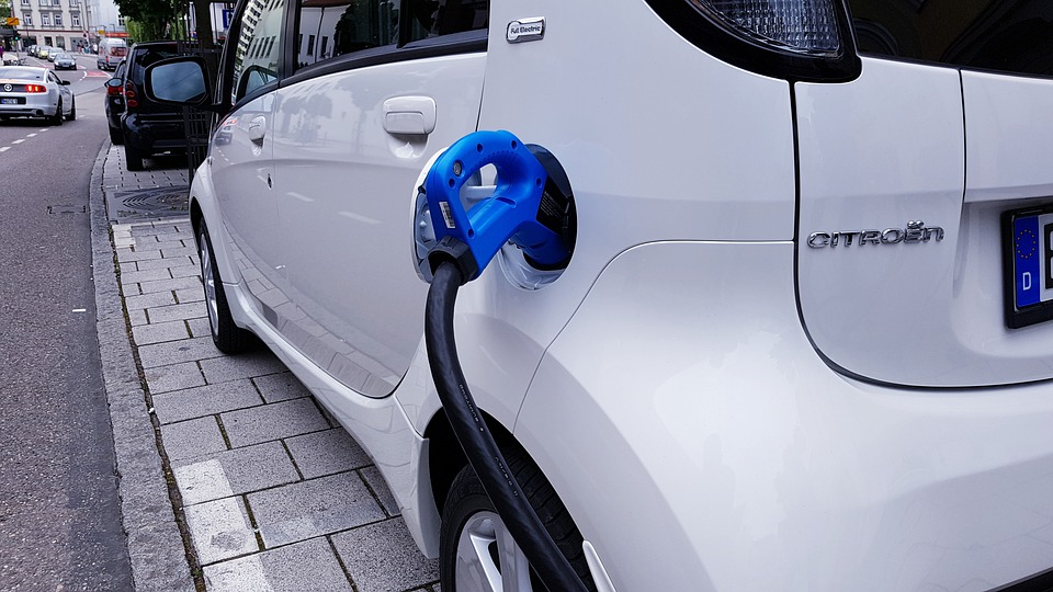 A Orléans, rechargez votre véhicule électrique gratuitement
