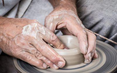 Faire de la poterie à Orléans : conseils et bons plans